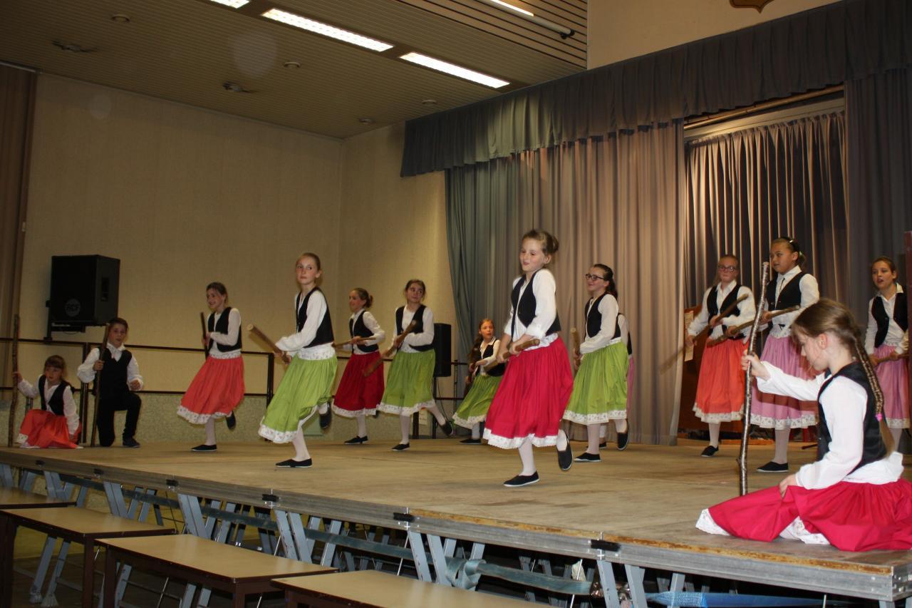 Polka des bâtons, Auvergne